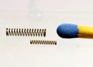 s = 0,12 / D = 1,0 / L = 5,8 mm
