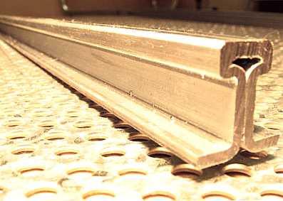 Schienenprofil gerade, ca. 3000 mm lang