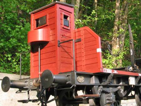 Knupfer-Modeleisenbahn-Modelbahn-langholz